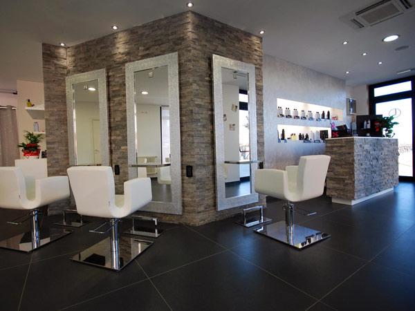 Illuminazione per negozi di parrucchieri: colori per negozi di
