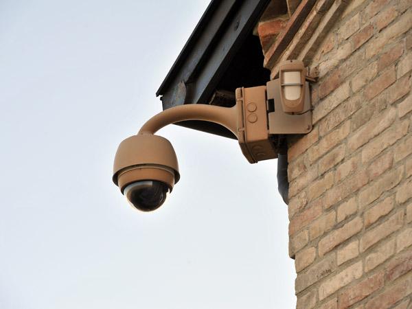 Sistemi di videosorveglianza modena montaggio for Telecamere da esterno casa